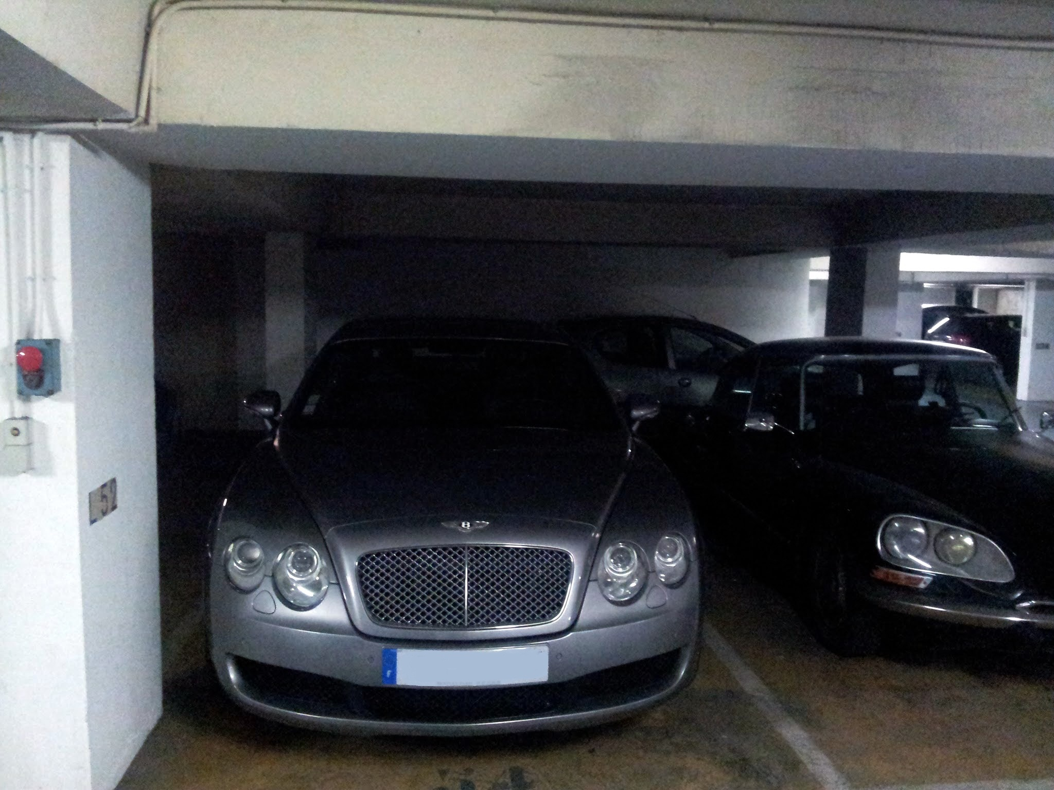 bentley-flying-spur-paris-ruben-grave