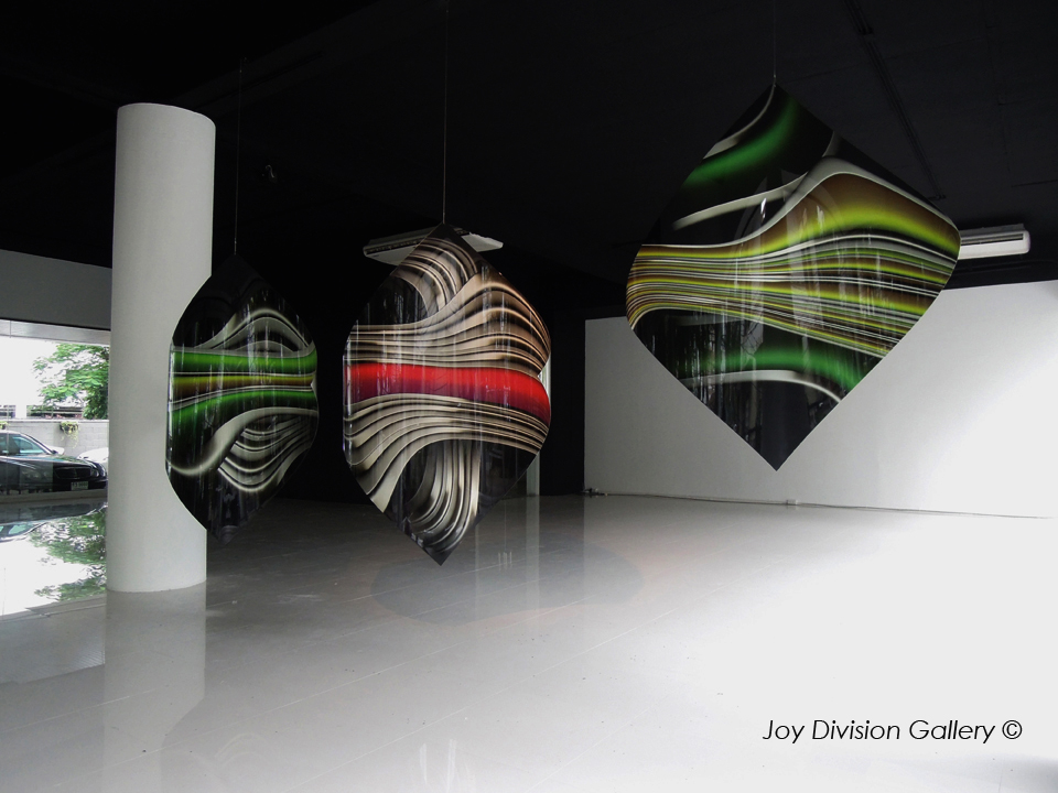- Joy-Division-Gallery-SCULPTURES-SUSPENDUES